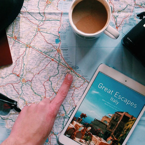 5 THINGS TO KNOW BEFORE GOING ABROAD