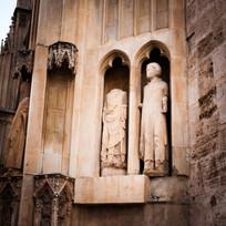Valencia Cathedral, statuary no head