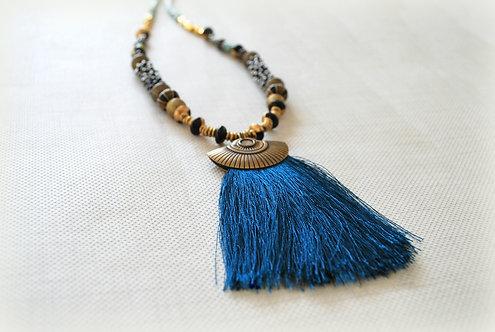 VADNA | Royal Blue