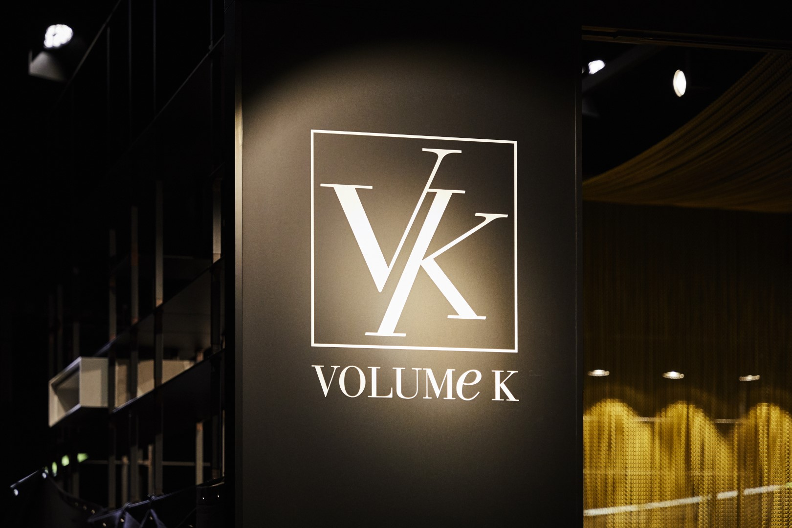 VOLUME K + FORM EXCLUSIV - IMM 2019
