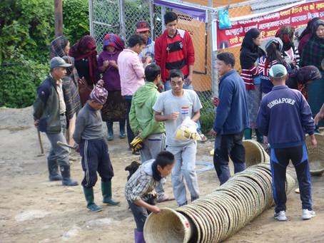 Nettoyage du village de Barpak