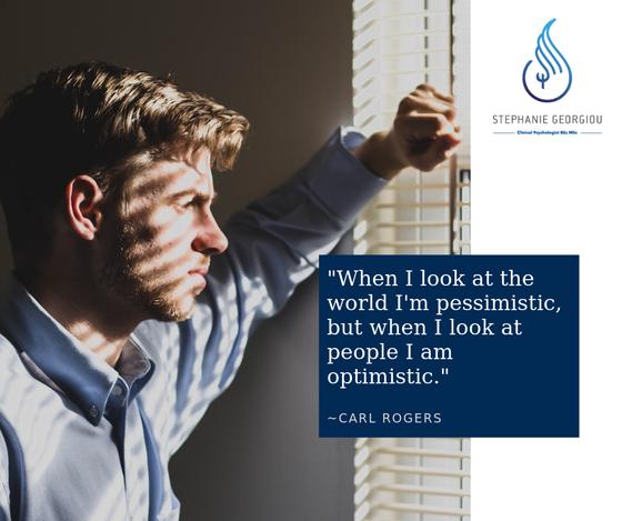"""""""Όταν κοιτάω τον κόσμο είμαι απαισιόδοξος, αλλά όταν κοιτάω ανθρώπους είμαι αισιόδοξος"""""""