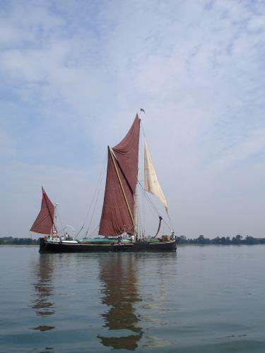SB Vinctor afloat