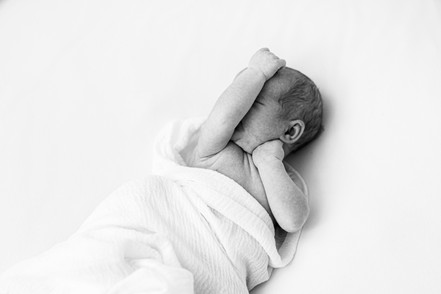 newbornperhe-14.jpg