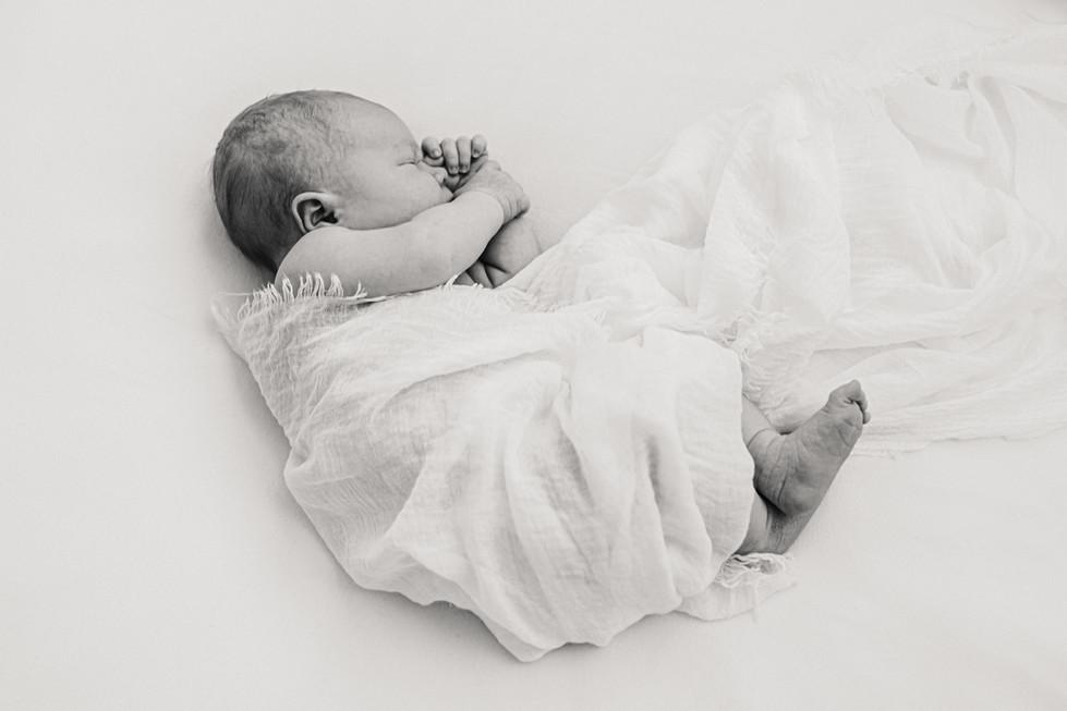 newbornkuvaus-09124.jpg