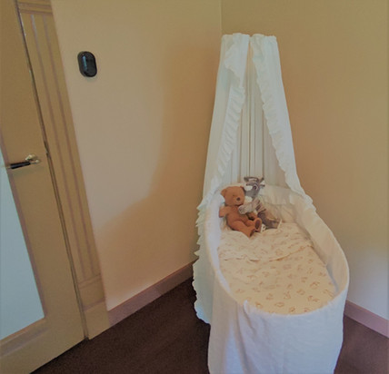 Baby bed slaapkamer oude voorhuis