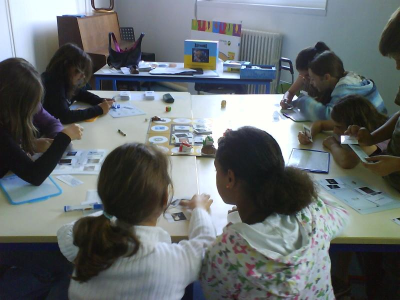 Atelier scolaire jeu de societe sur l astronomie