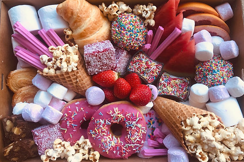 Delux Sweets Platter