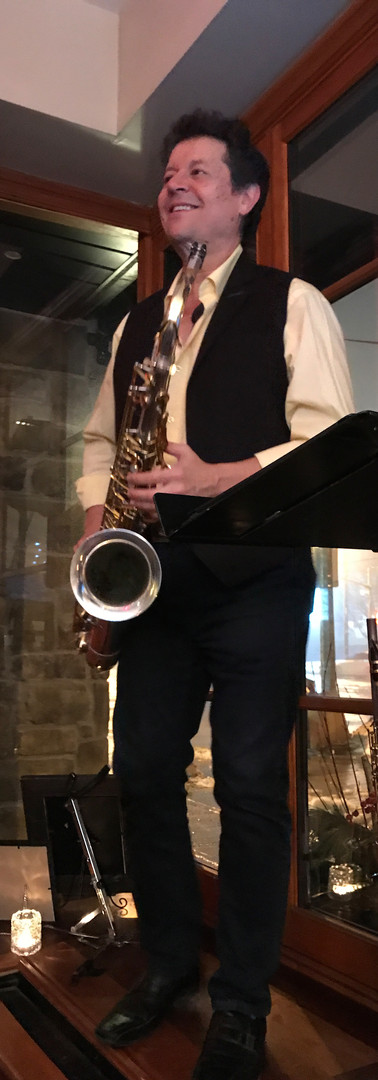 Saxy Grooves with Bobby D.