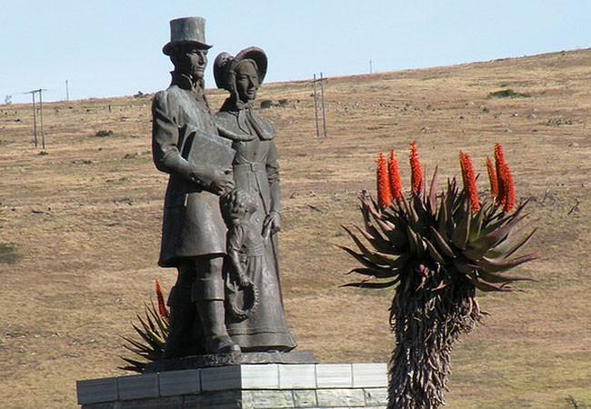 1820 Settlers Monument