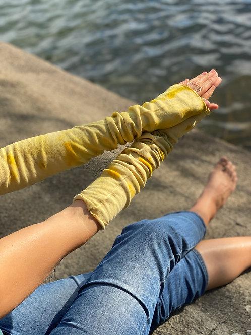 wander sleeves yellow