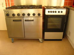 Gas hobs and Electric ovens