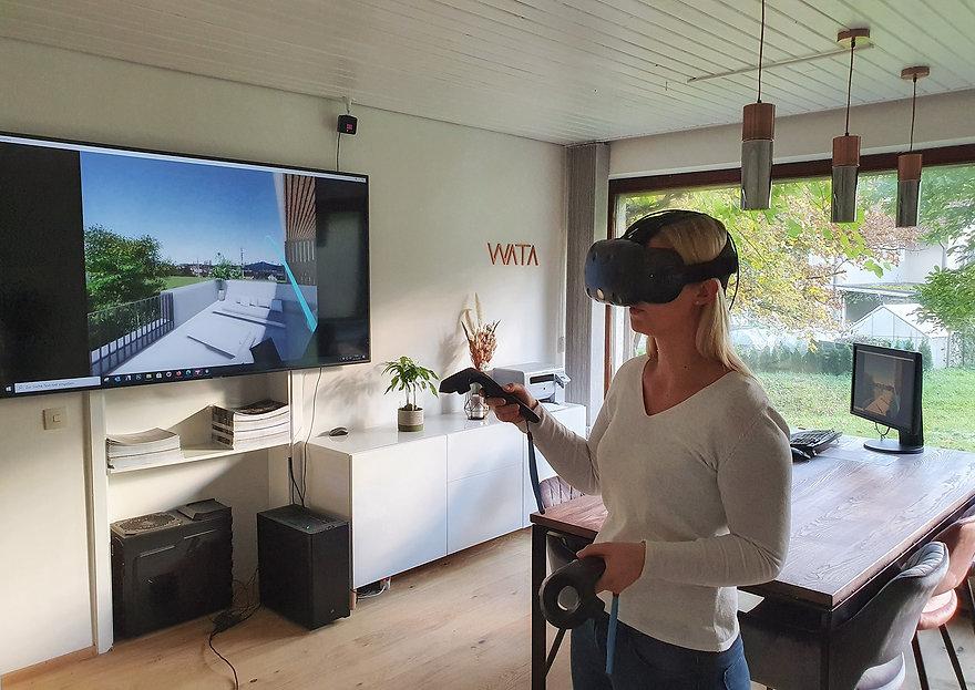 VR mit Tina klein.jpg