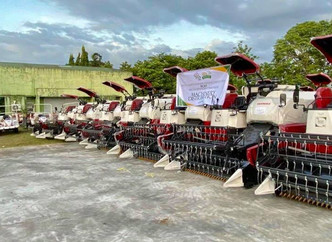 7th RCEF- Farm Machineries Distribution in Pili, Camarines Sur with PhilMech Executive Director Engr