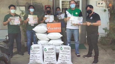 Senator Villar Delivered Vegetable Seeds and Organic Fertilizers to Cong. Sergio Dago-oc of #APEC