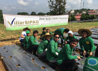 Villar Launches New Course to Empower Farmers in Bulacan