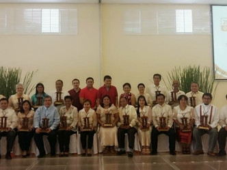 Villar SIPAG awards P5M to outstanding cooperatives