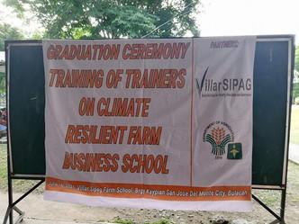 Graduation Ceremonies and Field Tour of Training on Farm Business School