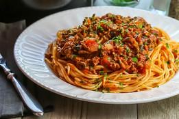 Quick-Easy-Spaghetti-Bolognese2-1.jpeg
