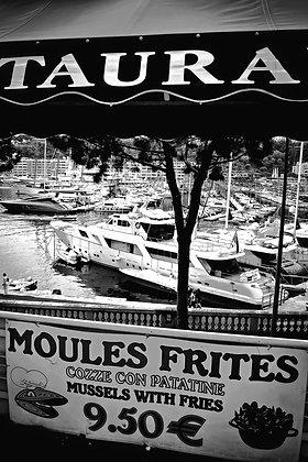 Res'Taura'ant overlooking Hercules Port Monaco