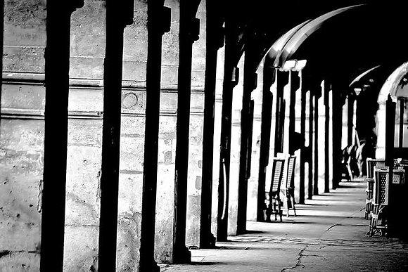 Under the arches - Place due Voges - Paris