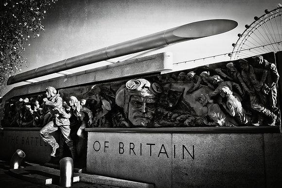 Battle of Britain WW2 monument (1) - Embankment