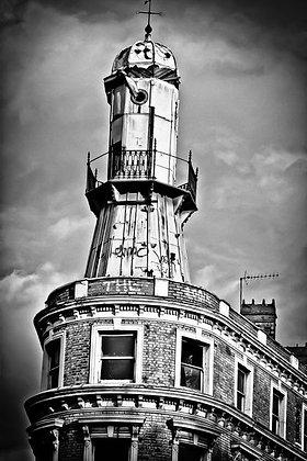 Tardis or old Oyster Bar landmark - Kings Cross