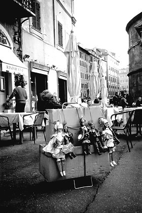 Let sleeping marionettes lie - Rome