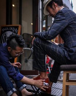 南船場靴磨き大岡辰徳