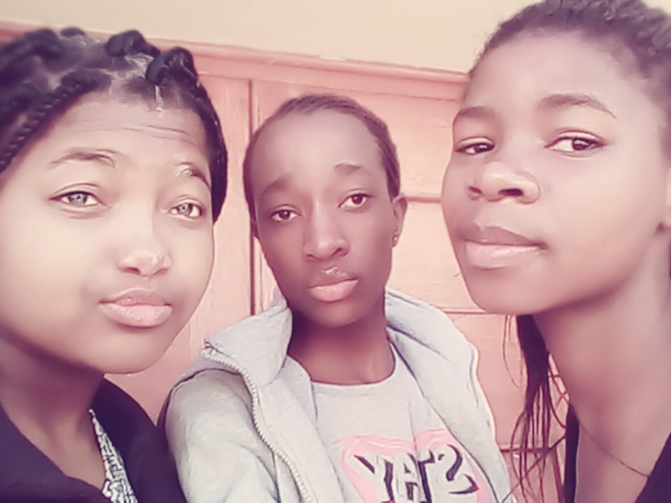 Siphesihle, Siyanda and Tandzile hanging out in their dorm