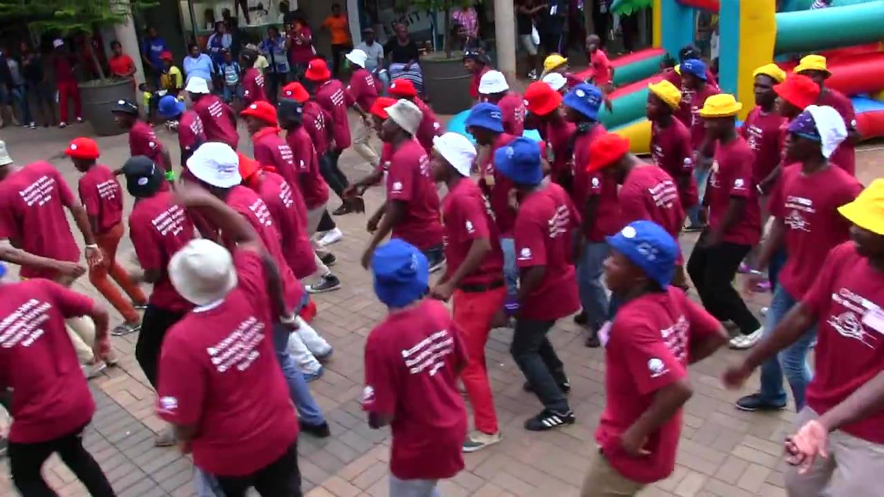 Can you spot Buhle, Mbeketeli or Bongani in this flashmob? - part of a campaign held by Peace Corps