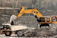 Caterpillar-6015B-hydraulic-shovel-1-960