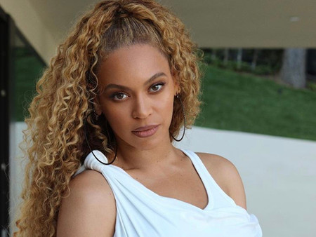 Beyoncé to be honoured with humanitarian award