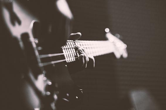 jugar Bass