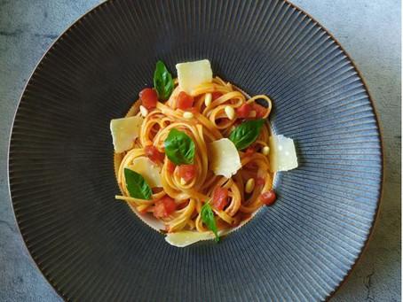 Spaghettis à la tomate et au piment d'Espelette