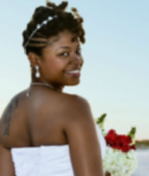 GORGEOUS-BEACH-BRIDE.jpg