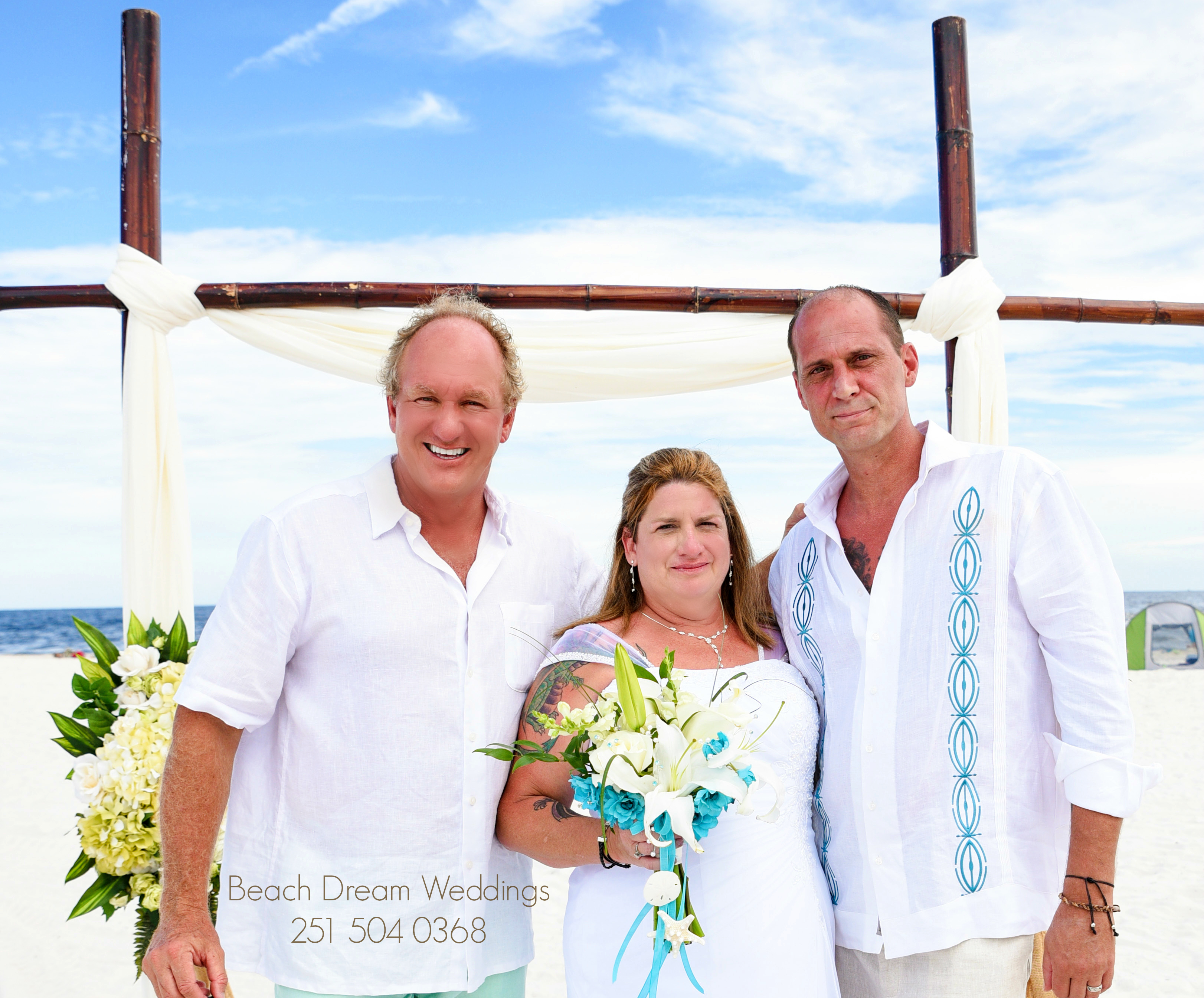 Beach Wedding Photos Offered Free