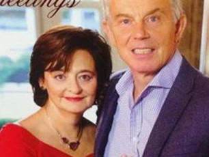 EXTRA LETTER: A Christmas Card Photographer Writes To Tony Blair