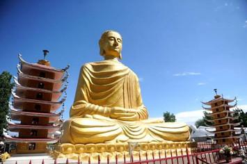 pagode-noyant_4785409.jpeg