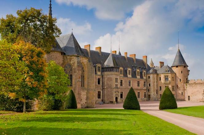 chateau-de-lapalisse-8lucolivier-cdt03.j