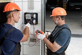Trabajos electricos.jpg