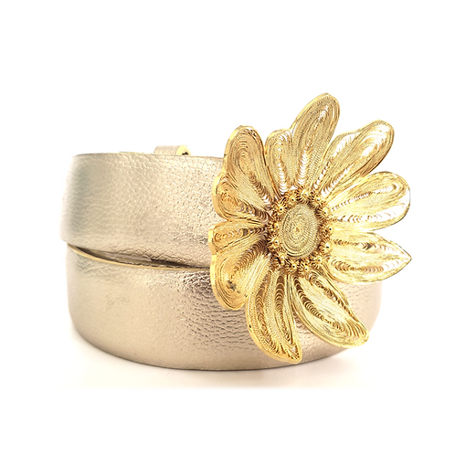 Small Flower Filigree Buckle Gold Leather Belt