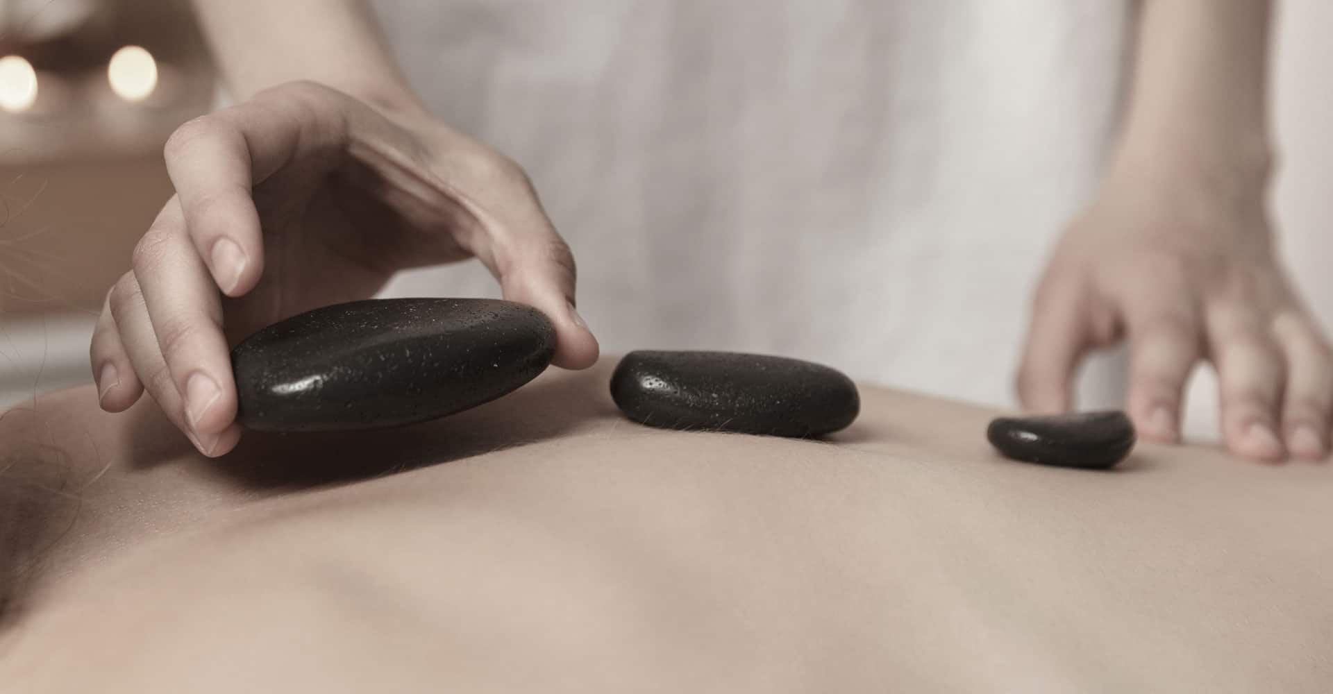Deep/Relax massage + Hot stone + cupping