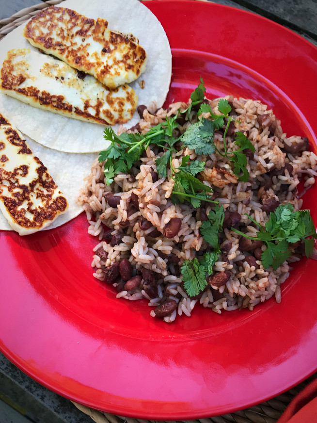 Gallo Pinto with Tortilla and Fried Cheese