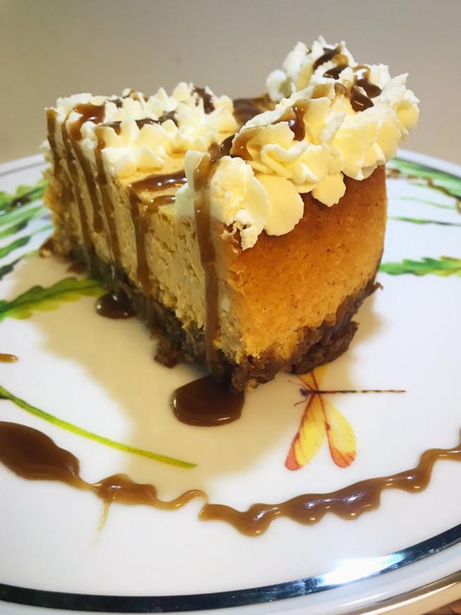 Fresh Pumpkin Cheesecake with Caramel