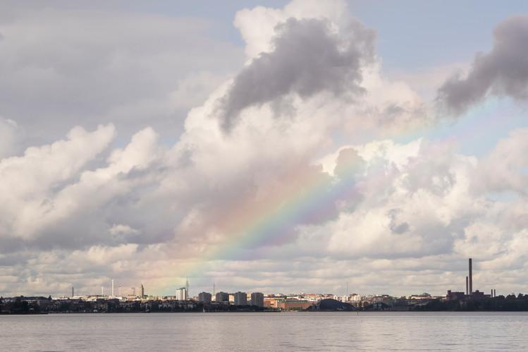 Sateenkaari Helsingin yllä 19.9.2015