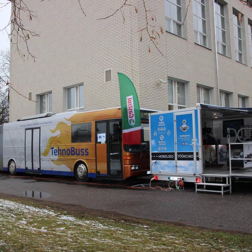 Mobiilne töökoda ja Läti tehnobuss