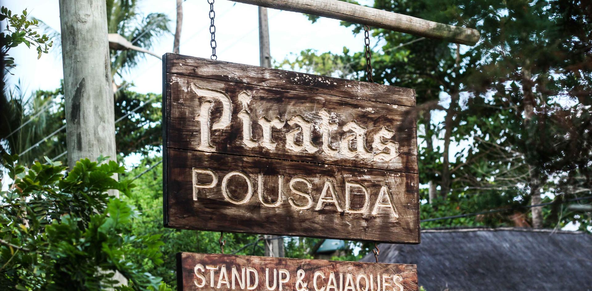 Placa Pousada Piratas