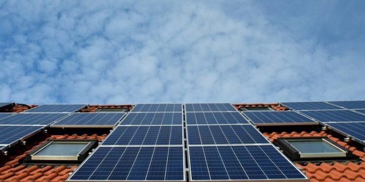 Sevilla es la provincia andaluza con más instalaciones fotovoltaicas en hogares