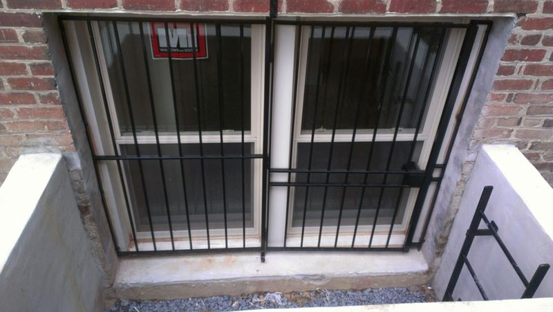 Combination window guard/gate